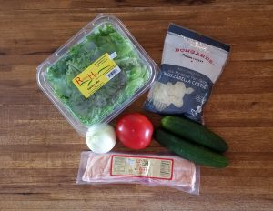Cheesy BLT Salad ingredients